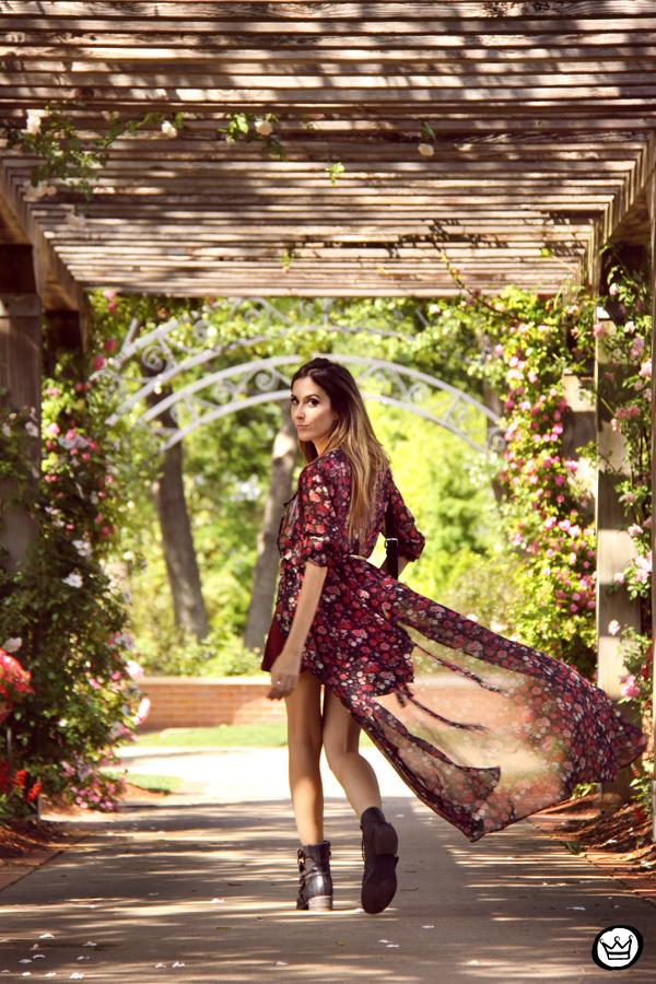 FashionCoolture - 05.05.2014 look du jour H&M floral burgundy skirt outfit (6).
