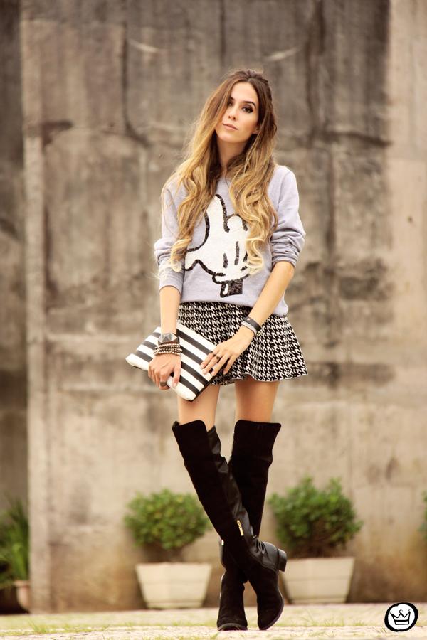 FashionCoolture - 07.05.2014 look du jour Ohkei jumper pied de poule over knee boots (1)