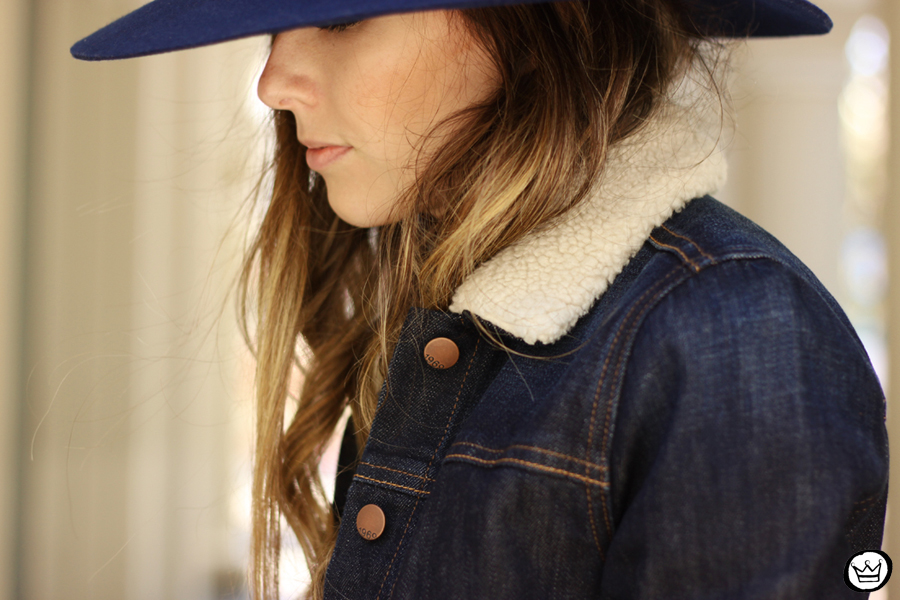 FashionCoolture - 21.07.2014 look du jour Gap blue denim (3)