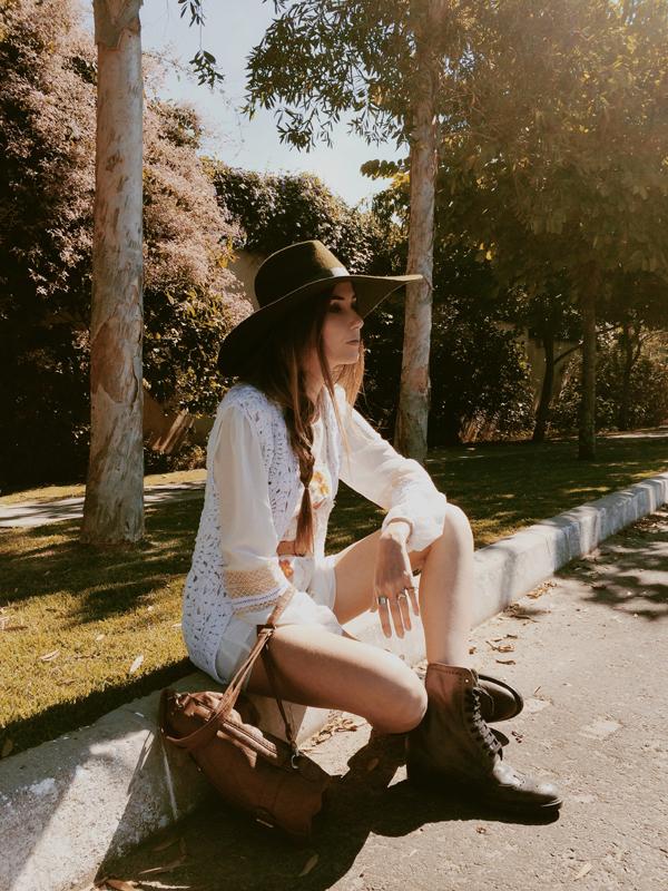FashionCoolture Instagram hat