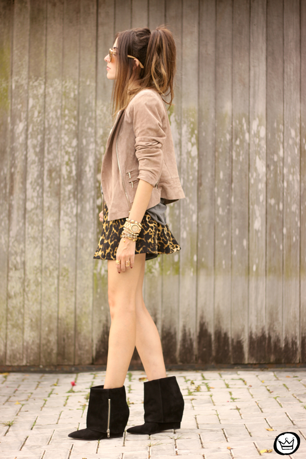 FashionCoolture - look du jour Dafiti leopard skirt leather jacket Santa Lolla boots (4)