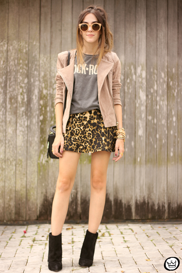 FashionCoolture - look du jour Dafiti leopard skirt leather jacket Santa Lolla boots (8)
