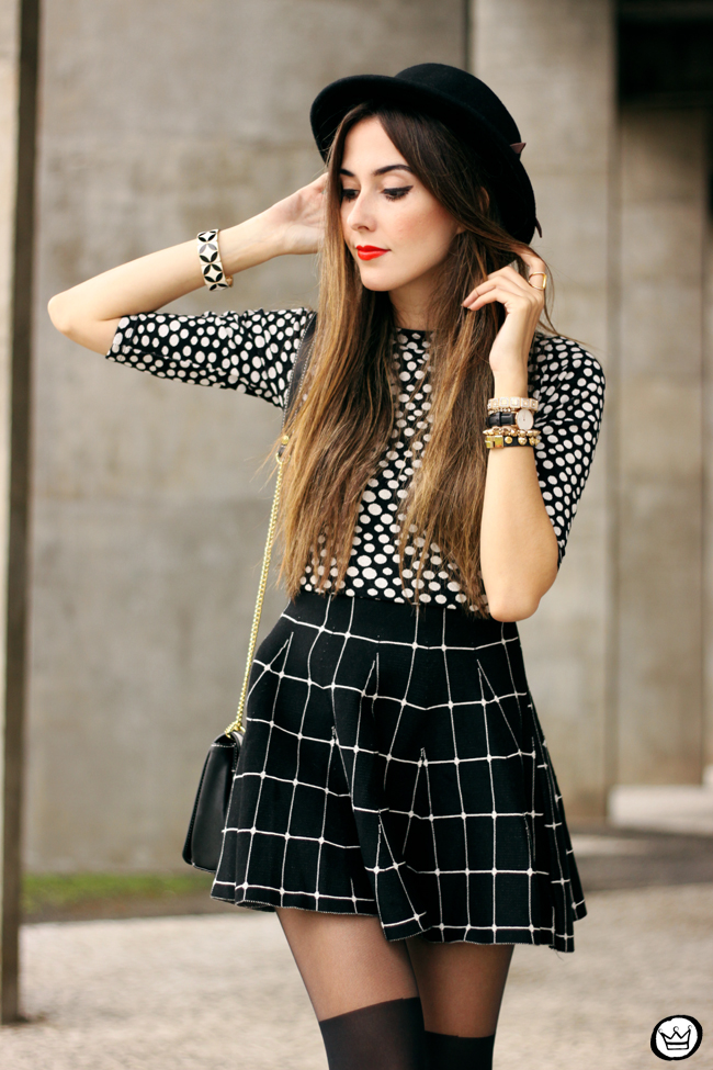 FashionCoolture - 26.05.2015 look du jour Black and white outfit polka dots top plaid skirt (4)