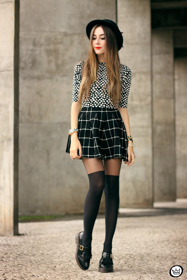 FashionCoolture - 26.05.2015 look du jour Black and white outfit polka dots top plaid skirt (5)
