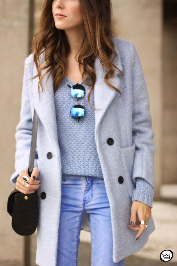 FashionCoolture - 13.05.2015 look du jour baby blue coat winter Gap monochromatic outfit (6)