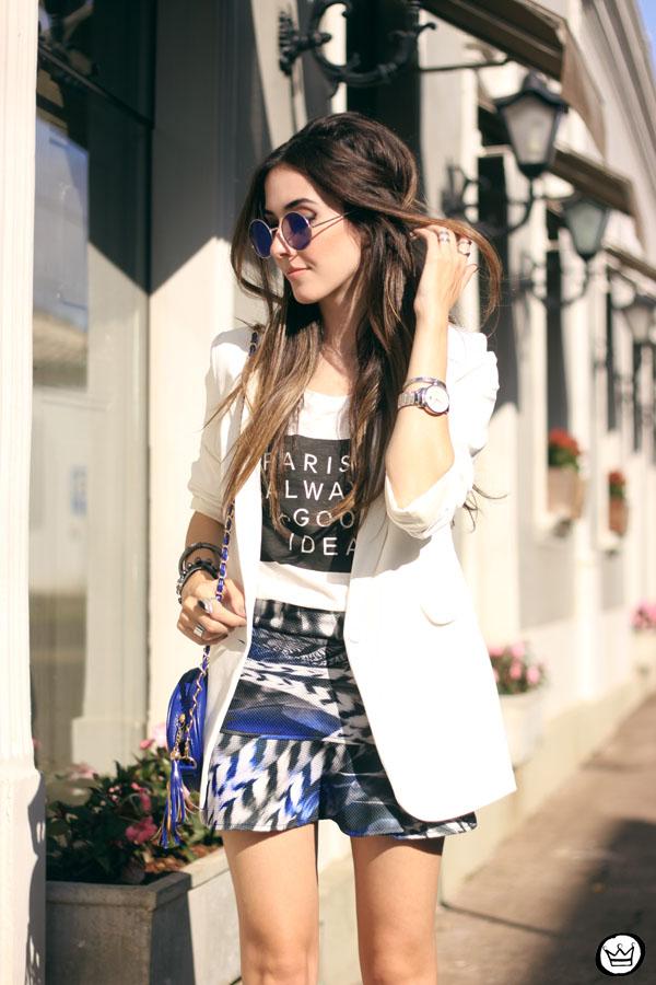 FashionCoolture - 16.05.2015 look du jour Morina blazer boyfriend t-shirt Paris printed skirt (5)
