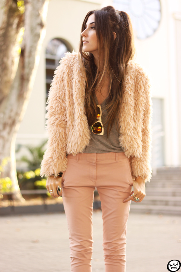 FashionCoolture - look du jour 05.05.2015 Gap pale pink khaki pants (6)