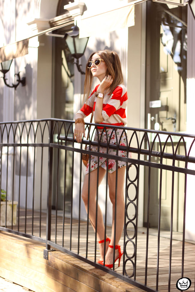 FashionCoolture - 01.06.2015 look du jour mix of prints stripes and floral Gap (6)
