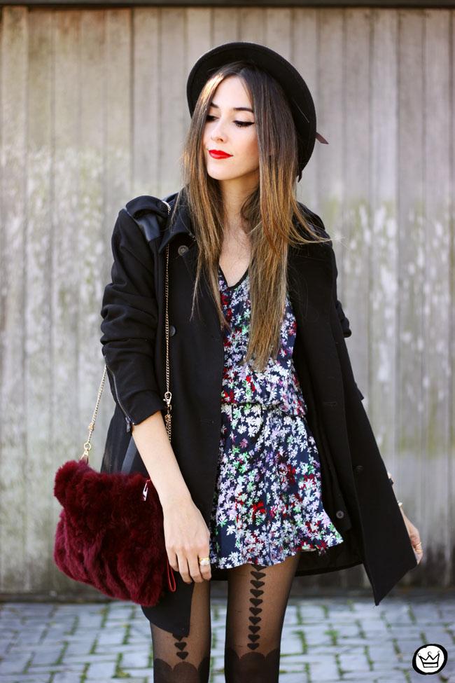 FashionCoolture - 02.06.2015 look du jour floral dress black coat Shoulder (2)