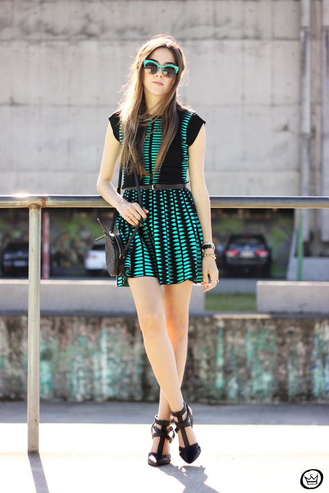 FashionCoolture - 10.06.2015 look du jour Displicent dress green and black outfit (6)