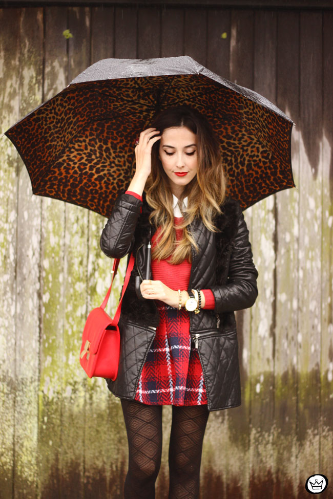 FashionCoolture - 09.07.2015 look du jour plaid skirt rainy day outfit (4)