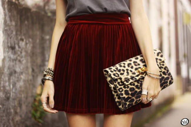 FashionCoolture - 15.07.2015 look du jour Velvet pleated skirt rocker outfit (5)