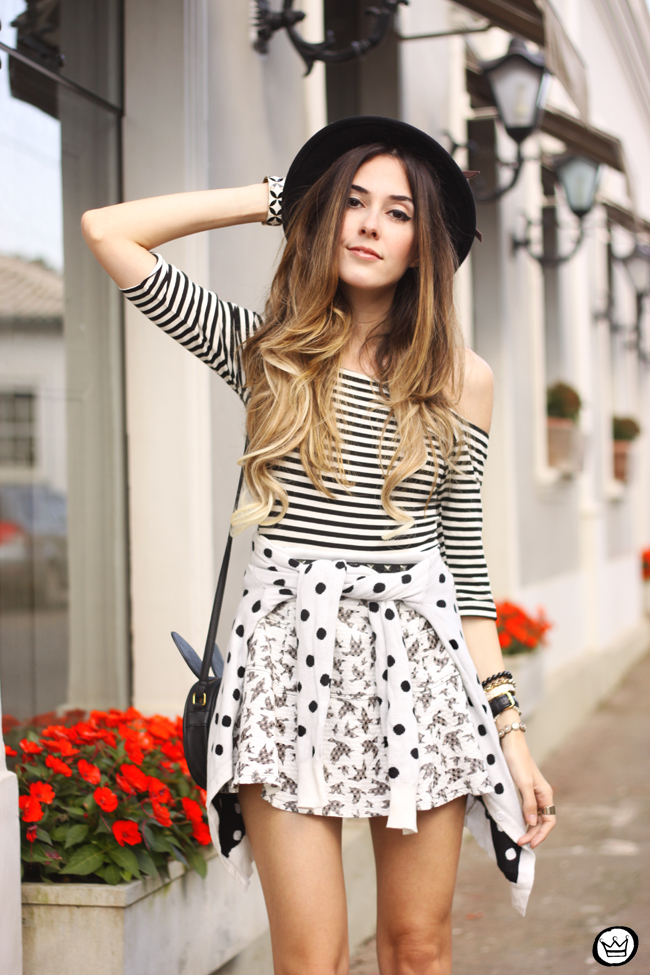 b8676e962ac ... FashionCoolture - 04.08.2015 Slywear black and white mix of prints  striped top (2 ...