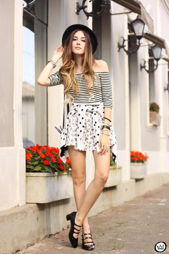 FashionCoolture - 04.08.2015 Slywear black and white mix of prints striped top (5)