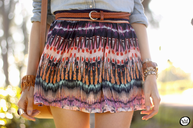 FashionCoolture - 06.08.2015 look du jour Slywear printed skirt denim shirt (5)