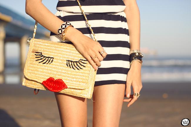 FashionCoolture - 07.08.2015 look du jour stripe dres navy look Carel shoes (5)