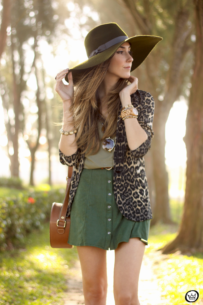 FashionCoolture - 13.08.2015 look du jour Displicent olive green leopard blazer (2)