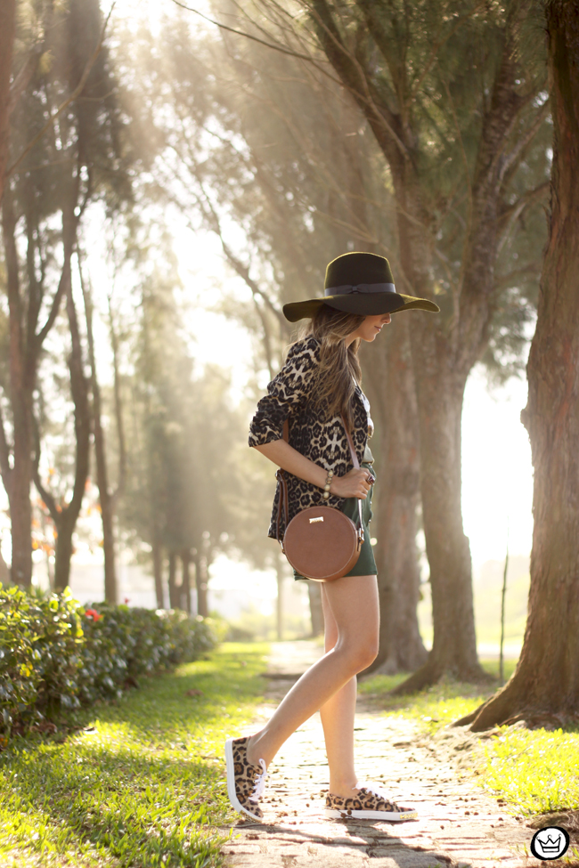 FashionCoolture - 13.08.2015 look du jour Displicent olive green leopard blazer (3)