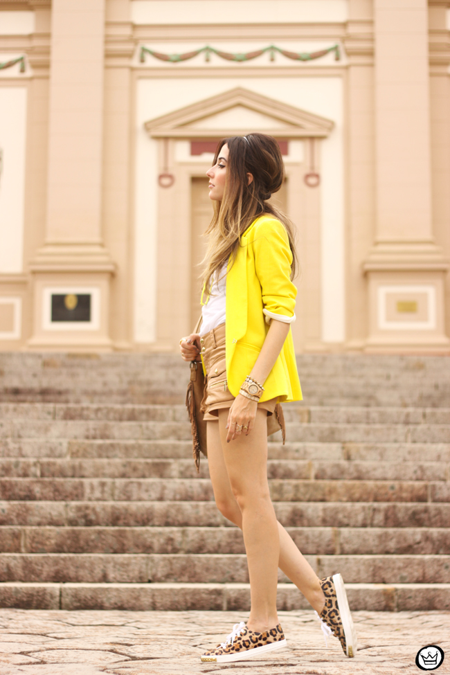 FashionCoolture - 26.08.2015 look du jour Shoulder yellow blazer pop of colour (4)