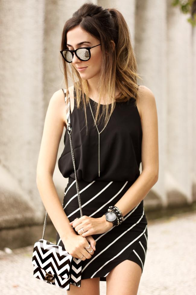 FashionCoolture - 28.09.2015 look du jour Dafiti mix de estampas preto e branco listras Keds (2)
