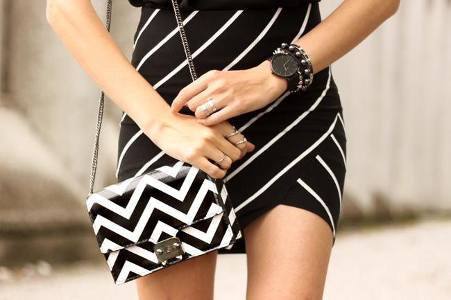FashionCoolture - 28.09.2015 look du jour Dafiti mix de estampas preto e branco listras Keds (4)