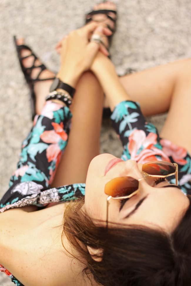FashionCoolture - 29.09.2015 look du jour Shoulder printed romper gladiator sandals (4)