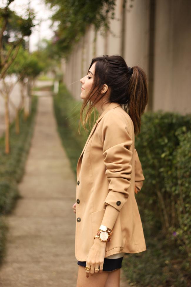 FashionCoolture - 02.10.2015 look du jour Amaro striped dress camel blazer gladiator sandals (5)