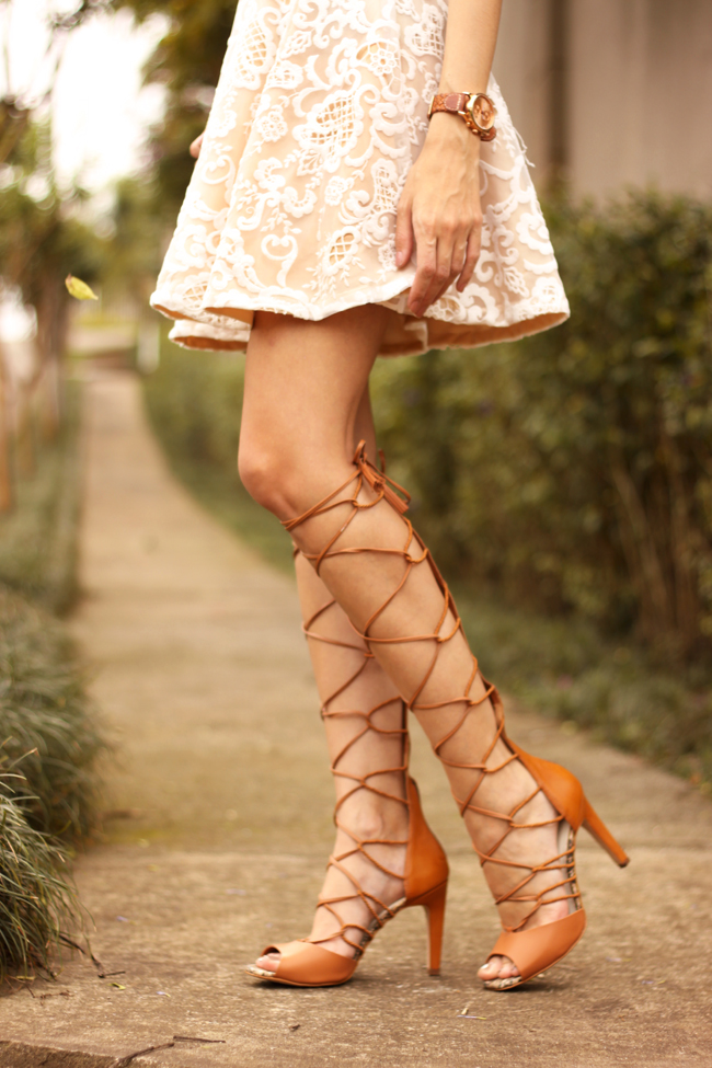 FashionCoolture - 13.10.2015 look du jour lace dress gladiator sandals (4)
