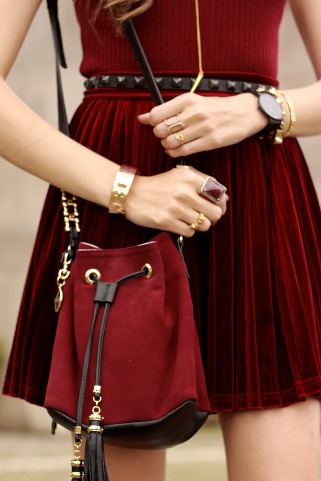 FashionCoolture - 14.10.2015 look du jour velvet pleated skirt burgundy (4)