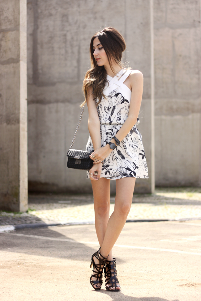 FashionCoolture - 19.10.2015 look du jour Shoulder white printed dress black heels (3)