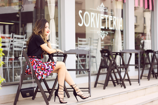 FashionCoolture - 20.10.2015 look du jour Dafiti printed skirt black tshirt (6)