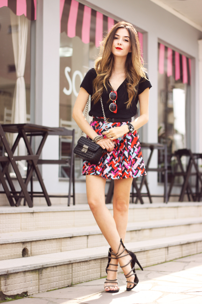 FashionCoolture - 20.10.2015 look du jour Dafiti printed skirt black tshirt (7)