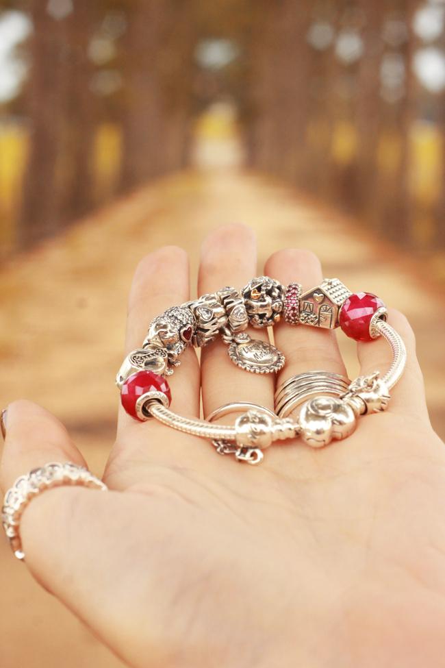FashionCoolture - 15.12.2015 look du jour Pandora jewelry charms bracelets (8)