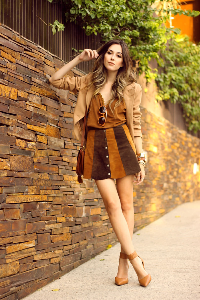 FashionCoolture - 10.03 look du jour Episode earth tones button front skirt camel outfit(7)