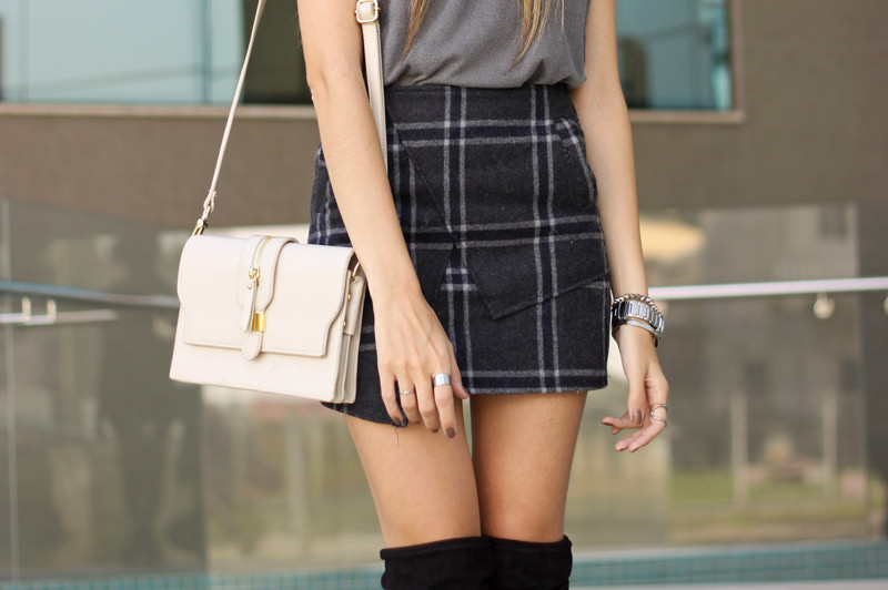 FashionCoolture - 14.03.2016 look du jour over knee boots black plaid skirt (4)