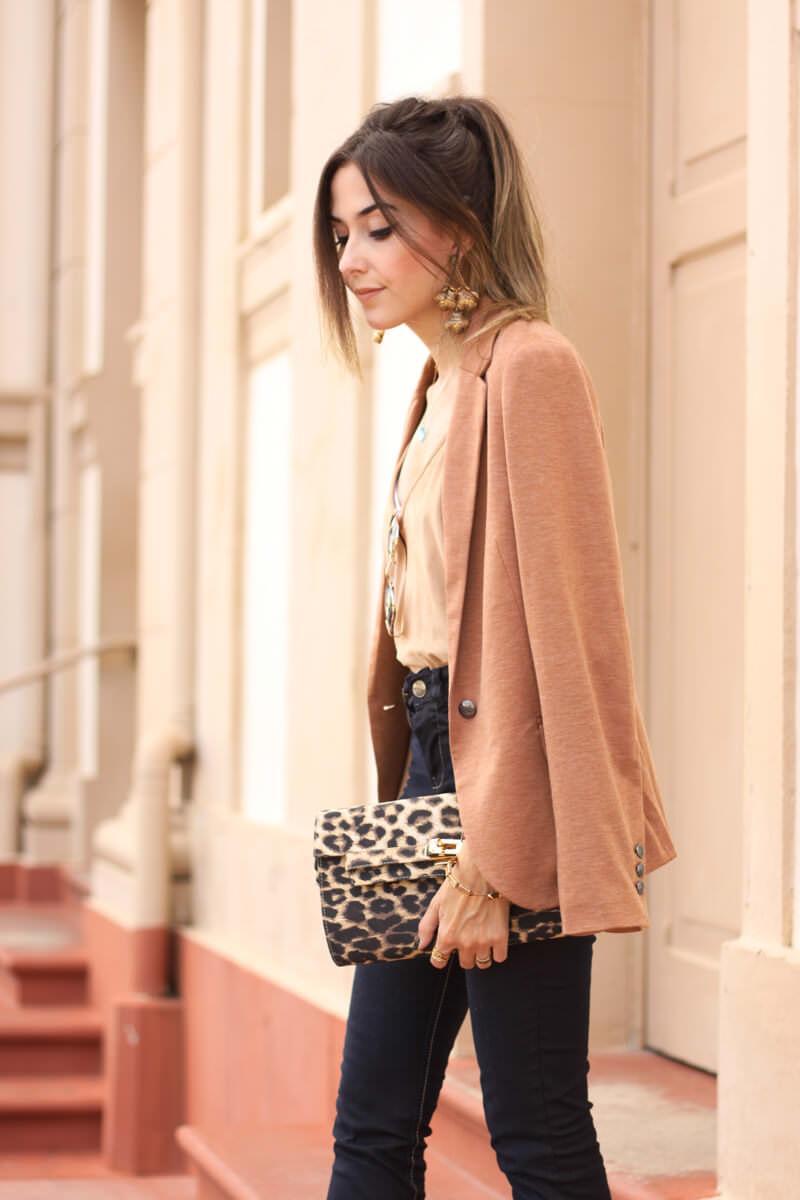 FashionCoolture - 30.03.2016 look du jour flare denim MOfficer jeans camel blazer (2)