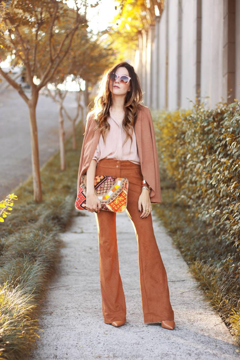 FashionCoolture - 06.04.2016 look du jour Shoulder camel suede pants blazer (4)