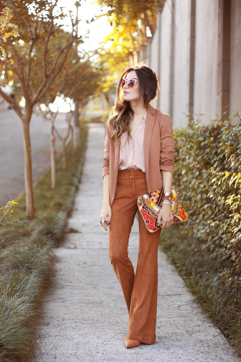 FashionCoolture - 06.04.2016 look du jour Shoulder camel suede pants blazer (6)