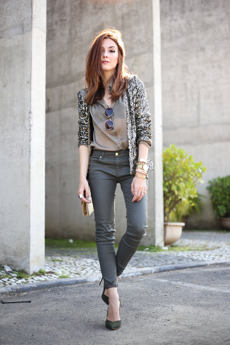 FashionCoolture - 01.08.2016 look du jour military green and golden sequined blazer (1)