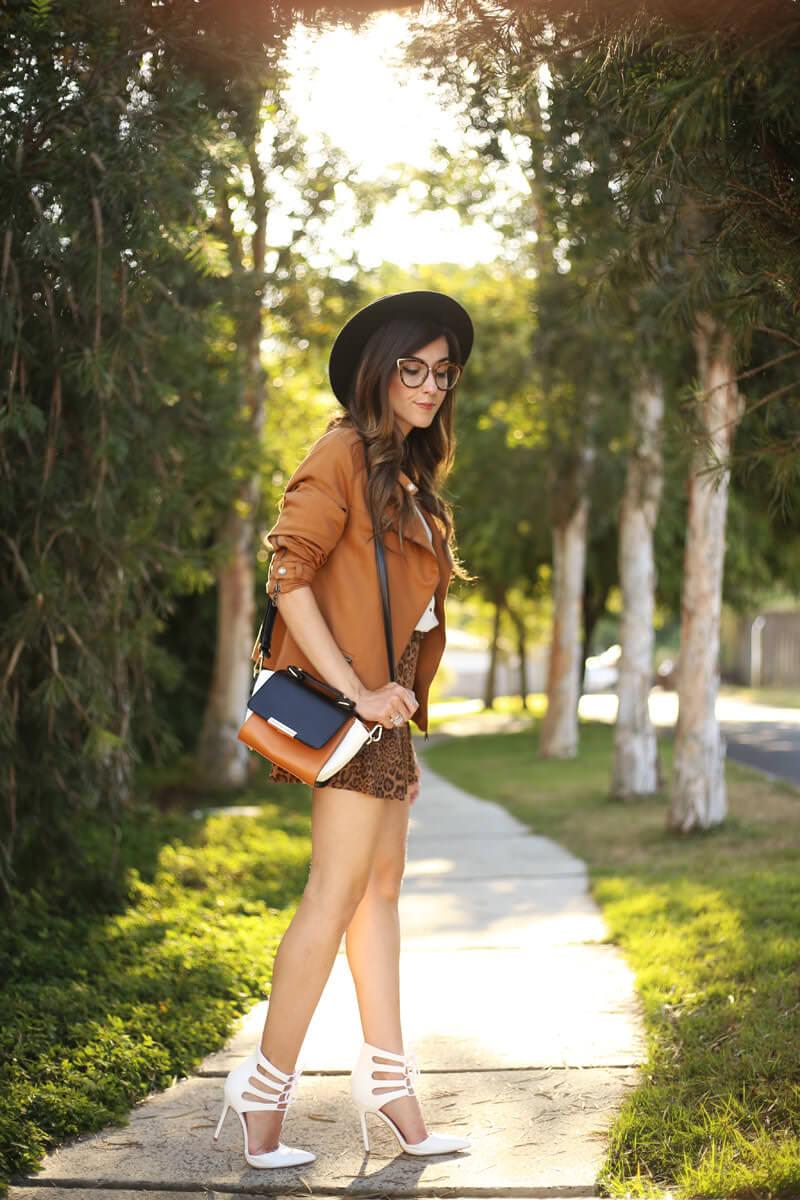 FashionCoolture - 04.07.2016 look du jour Shoulder leopard print camel jacket (3)