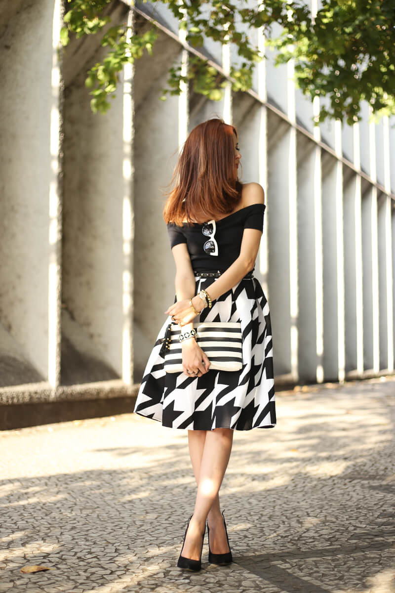 FashionCoolture - 12.07.2016 look du jour black and white pied de poule skirt midi (3)
