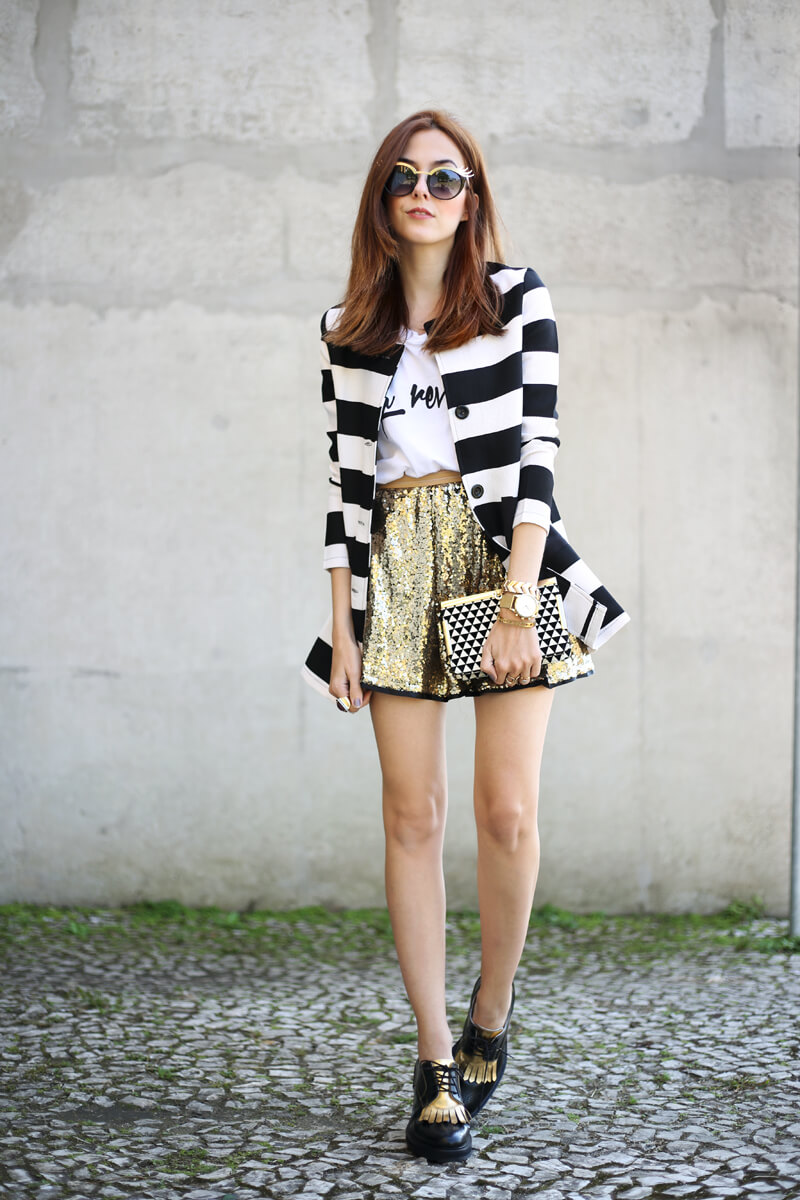 FashionCoolture - 26.07.2016 look du jour striped coat golden sequined skirt (7)