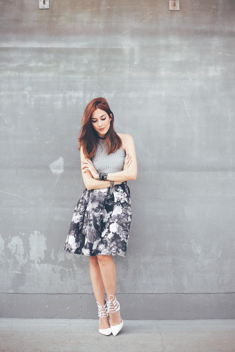 FashionCoolture - 08.08.2016 look du jour midi floral skirt gray (1)