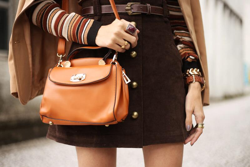 FashionCoolture - 22.08.2016 look du jour Amaro sale caramelo bolsa camel coat striped top (2)