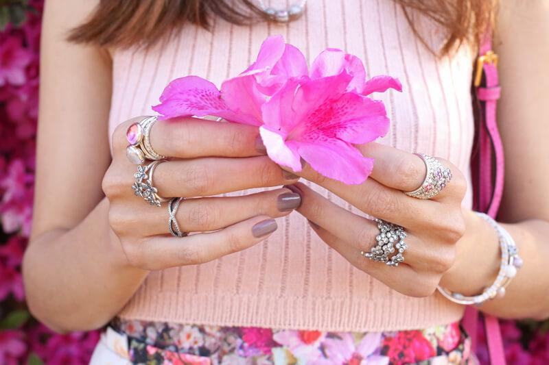 FashionCoolture - 24.08.2016 look du jour Floral Pandora jewelry rings (2)