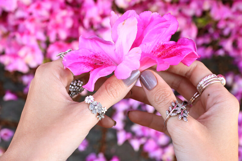 FashionCoolture - 24.08.2016 look du jour Floral Pandora floral rings jewelry rings (4)