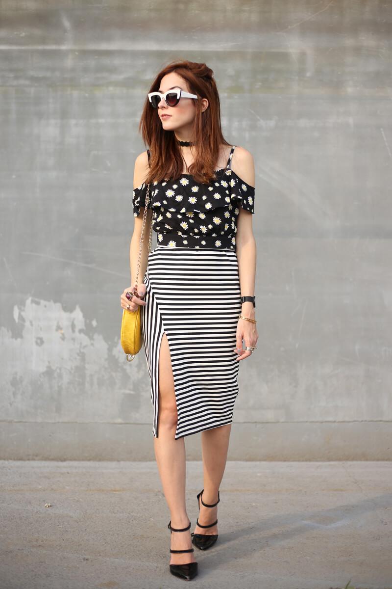 FashionCoolture - 31.08.2016 look du jour Slywear striped skirt floral daisy top (6)