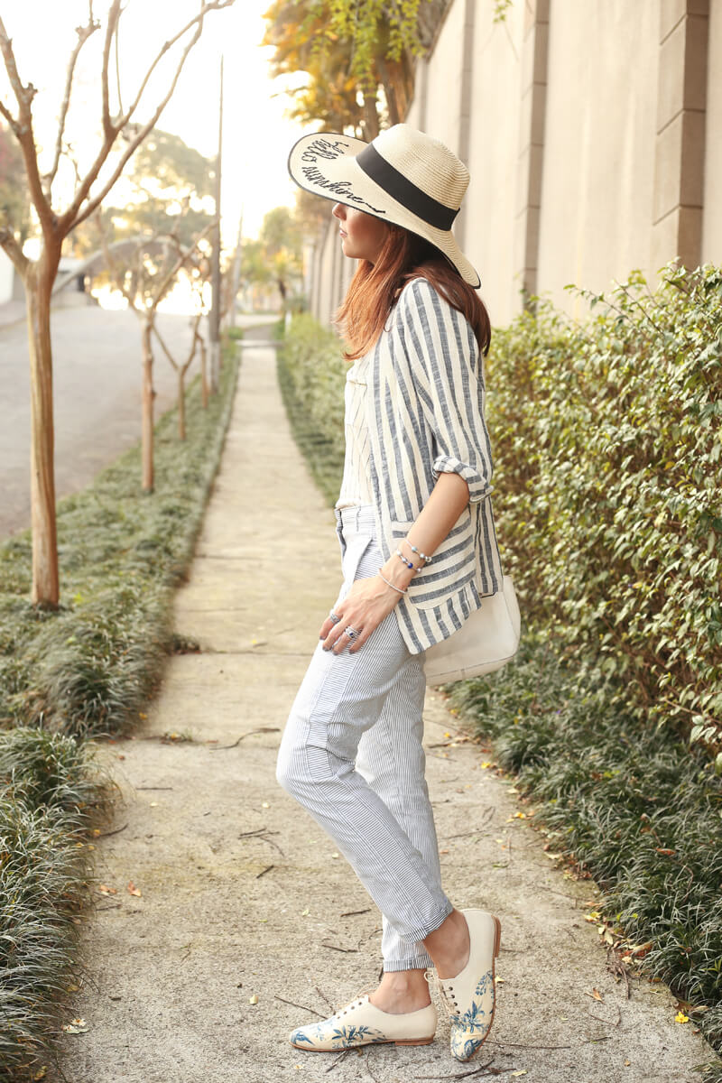 fashioncoolture-08-09-2016-look-du-jour-shoulder-striped-blazer-pandora-jewelry-1