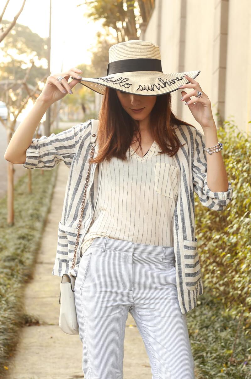 fashioncoolture-08-09-2016-look-du-jour-shoulder-striped-blazer-pandora-jewelry-2