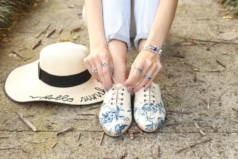 fashioncoolture-08-09-2016-look-du-jour-shoulder-striped-blazer-pandora-jewelry-3